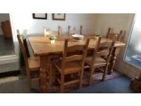 Large solid pine country farmhouse kitchen table with 6 heavy chairs