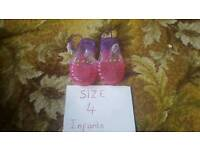 Infant size 4 jelly shoes