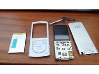 Sony 16Gb Walkman MP3 Player in silver (For repair or spares) loaded with over 25 Audio-Books