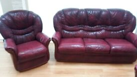 3 PIECE LEATHER SOFA PLUS 2 MATCHING ARMCHAIRS