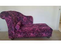 Purple Chaise Longue on excellent condition