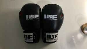 16oz Genuine Leather Boxing / MMA Gloves
