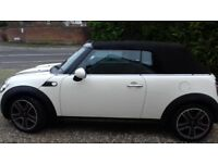 SUMMERS COMING, MINI COOPER CONVERTIBLE, IN BEST COLOUR COMBINATION