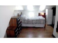 large modern studio flat wood green n22 bill inc own kitchen own bathroom self containd