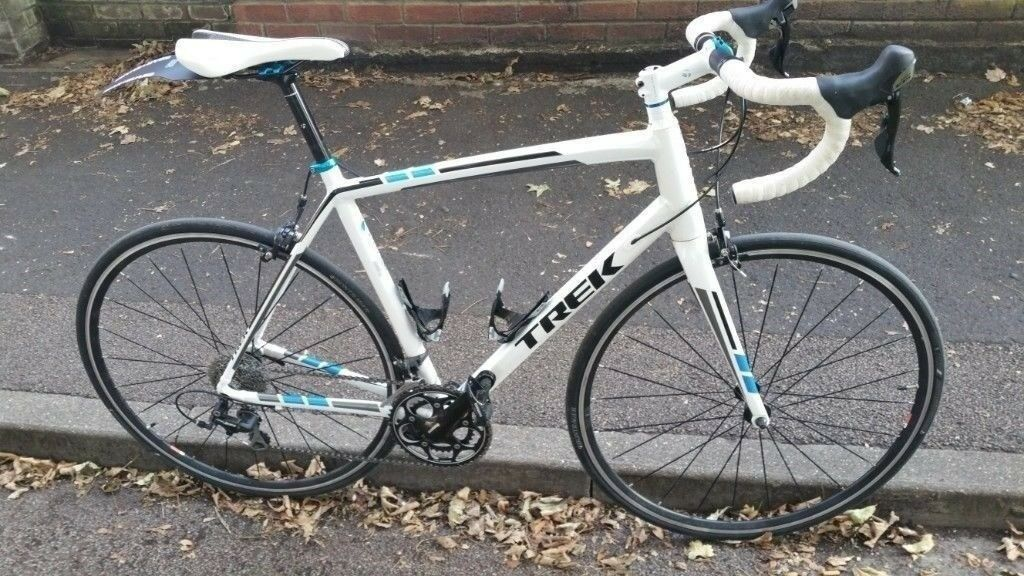 1346fb041ce Trek Madone 2.1 2015 road bike size 58cm. immaculate condition carbon  forks, shimano 105 groupset