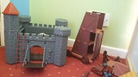 Kids Medieval Play Castle Toy with Knights, Battering Ram, Catapult