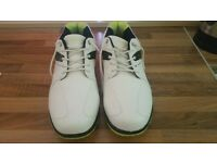 Dunlop mimetic golfing shoes size 11