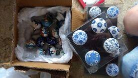 Ceramic small knobs