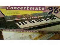 New Electronic Keyboard Concertmate 380