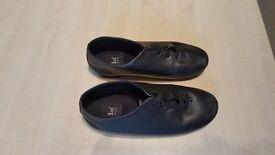 Girls Modern Dance Shoes size 11