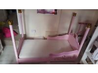 Girls 4 poster princess bed