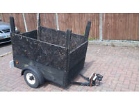 4' x 2.5' steel frame wooden body car trailer needs some attention new 7pin plug- project bargain!!!