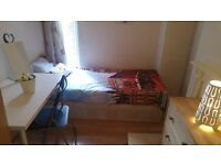 *2 Rooms in Swiss Cottage *
