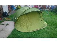Quechua 2 second 3 man pop up tent