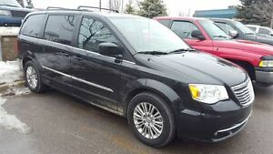 2015 Chrysler Town & Country JUST ARRIVED