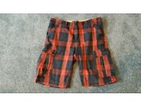 "Timberland Cargo shorts W32"" mens heavy duty Plaid/checked Black/Red"