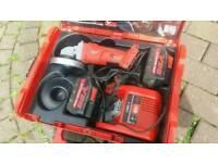Milwauke 28v grinder + 2 3.0ah batts & charger vgc working order