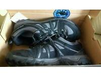 Mens walking trekking mountain shoes boots SALOMON EVASION AERO rrp£74.99 for £50 uk size11