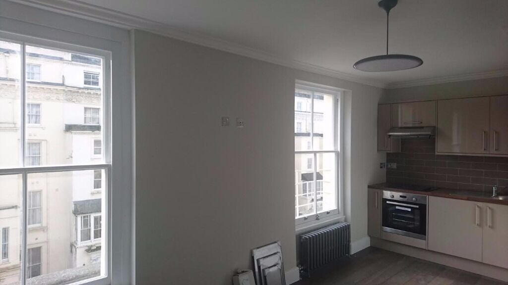 Studio to rent in Leinster square, Bayswater, Central London