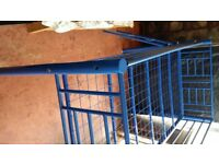 Mid sleeper single metal frame in very good condition.