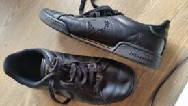 FRED PERRY in leather good condition only 15£!!!!! size 8