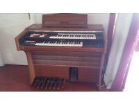 electric organ good condition