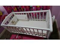 Baby cot swinging crib with mattress