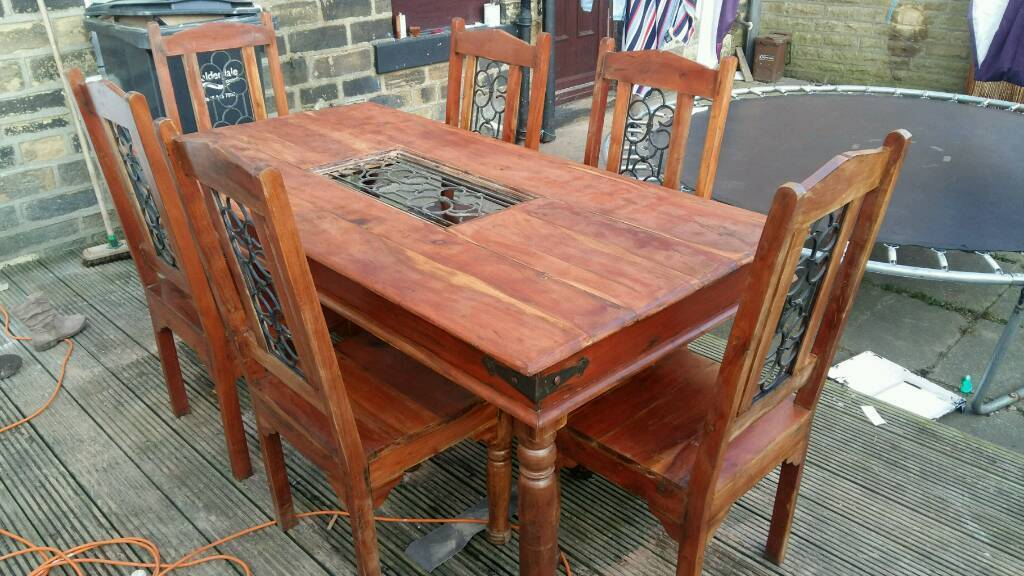MOROCCAN solid wood and iron dining table with 6 matching chairs