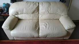 CREAM LEATHER 2 SEATER SETTEE AND 2 CHAIRS