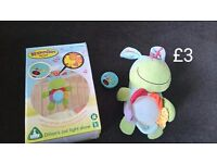 ELC Dilions Cot Music and light mobile