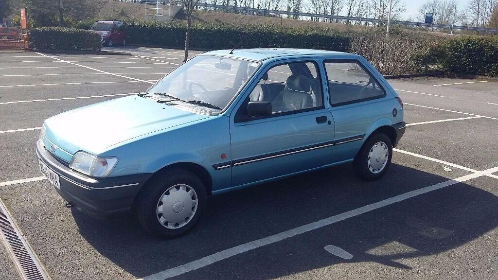 ford fiesta mk3 1993 1 1 festival 43000 miles clean original car classic car in southampton. Black Bedroom Furniture Sets. Home Design Ideas