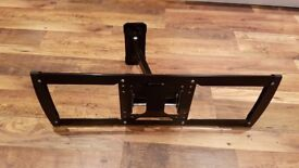 Single Arm Cantilever TV Bracket With Locking Feature
