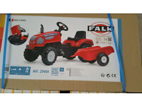 Farm Master Pedal Tractor and Trailer child toy BNIB