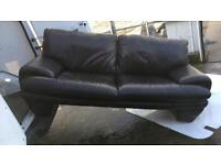 suite setee 3 And 2 seater leather