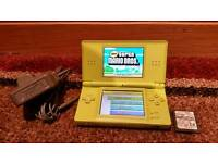 RARE LIME GREEN NINTENDO DS LITE WITH 2 GAMES NEW SUPER MARIO BROS / MARIO KART DS & CHARGER