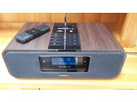Roberts Sound 100 DAB/FM/CD Radio with Apple 30 pin docking