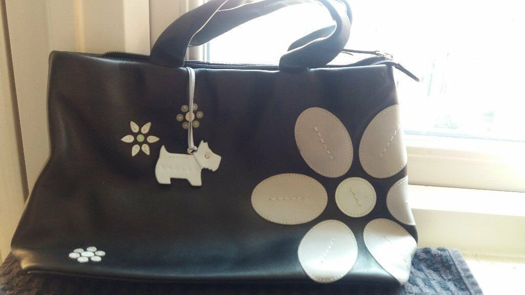 Black Leather Radley Designer Handbag Purse Bag London Scottie