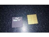 INTEL 486 DX33 CPU.
