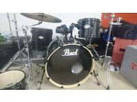 Pearl Vision 4 piece shell pack in black with hardware