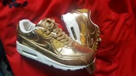Nike 90 liquid gold size 10