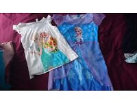Girls Frozen clothes bundle - 7 years