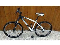 Giant Rincon Mountain Bike Size 26 inch Wheel - Frame Size Small