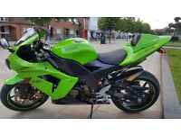 Oringinal genuine Kawasaki ZX10R C1H ultra low genuine miles 7,200 showroom conidtion.