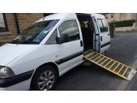 8 seater wheelchair accessible vehicle
