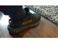 Adidas Yeezy Boost 350 V2 Bred Size 10