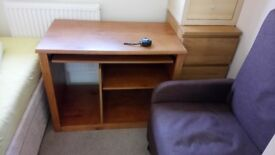 Desk - pull out panel for key board FREE TO COLLECT
