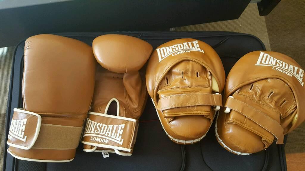 gloves boxing Vintage lonsdale