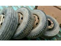 Lorry tyres 235/75-17.5