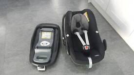 Maxi-Cosi Pebble Car Seat & Familyfix Isofix Base