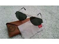 Ray Ban Aviators Large Silver - Genuine, perfect condition with original cloth & case.